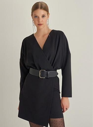 NGSTYLE Yarasa Kol Kruvaze Elbise Siyah